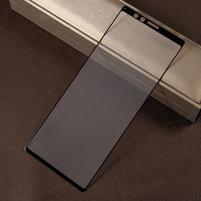 Silk celoplošné tvrzené sklo na mobil Sony Xperia 1 - černý lem