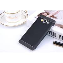 Černý kovový kryt na Samsung Galaxy A3