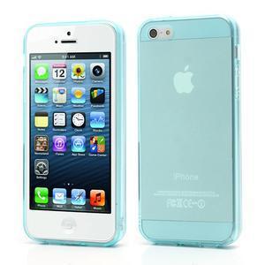 Gelový transparentní obal na iPhone 5 a 5s - světle modrý - 1