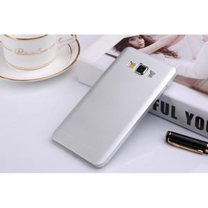 Stříbrný kovový kryt na Samsung Galaxy A3 - 1