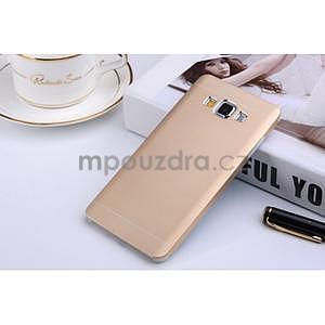 Zlatý kovový kryt na Samsung Galaxy A3 - 1