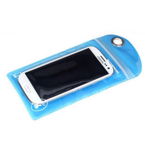 Nepromokavý a odolný obal na mobil do rozměrů 150 x 95 mm - transparentní - 2