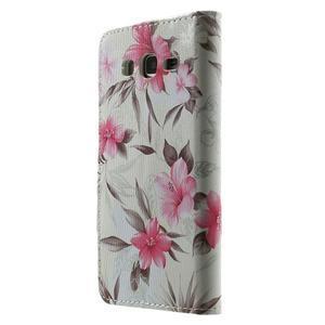 Květinové koženkové pouzdro na Samsung Galaxy Grand Prime - bíllé pozadí - 2