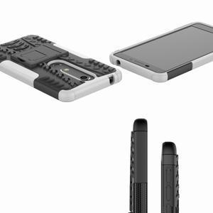 Outdoor odolný obal se stojánkem na Nokia 6.1 - bílý - 2