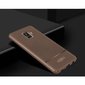 Skiny gelový obal s broušením na Samsung Galaxy S9 - hnědý - 2