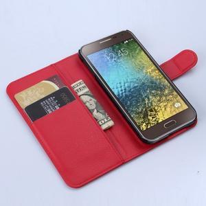PU kožené peněženkové pouzdro na Samsung Galaxy E5 - červené - 2