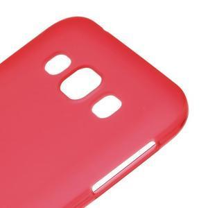 Matný gelový obal na Samsung Galaxy E5 - červený - 2