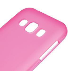 Matný gelový obal na Samsung Galaxy E5 - rose - 2
