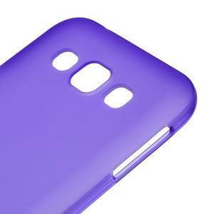 Matný gelový obal na Samsung Galaxy E5 - fialový - 2