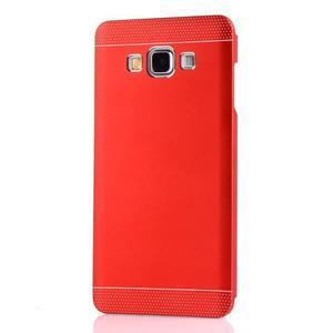 Červený kovový kryt na Samsung Galaxy A3 - 2