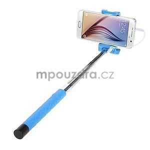 Selfie tyč s automatickým spínačem na rukojeti - světle modrá - 2