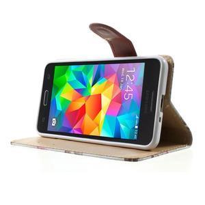 Květinové koženkové pouzdro na Samsung Galaxy Grand Prime - bíllé pozadí - 3
