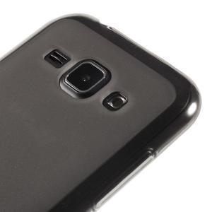 Matný gelový obal na Samsung Galaxy J1 - šedý - 3