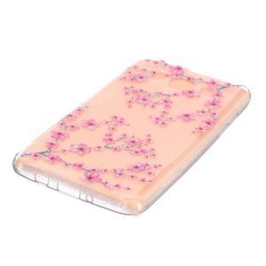 Transparentní gelový obal na Samsung Galaxy J5 (2016) - kvetoucí švestka - 3