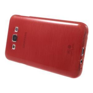 Broušený gelový obal pro Samsung Galaxy E7 - červený - 3