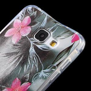 Tvarovaný gelový obal na Samsung Galaxy A5 (2016) - květiny - 3