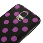 Gelové puntíkaté pouzdro na Samsung Galaxy S5- černofialové - 4/5