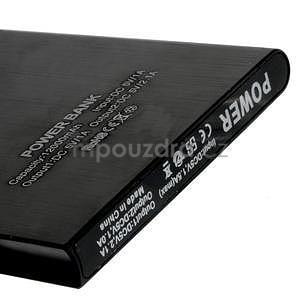 Luxusní kovová externí nabíječka power bank 12 000 mAh - černá - 4