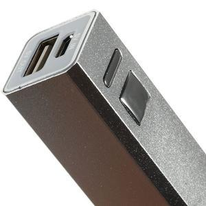 GTX kovová externí nabíječka 2 600 mAh - stříbrná - 4