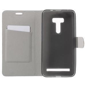 Horse peněženkové pouzdro na Asus Zenfone Selfie ZD551KL - bílé - 4