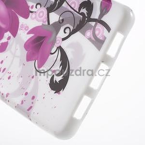 Gelový obal Style na Huawei Ascend P8 Lite - fialové květy - 4