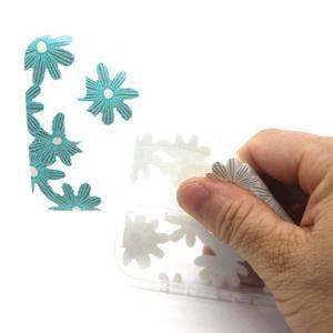 Trasnparent gelový obal na Samsung Galaxy J5 - koláž květin - 4