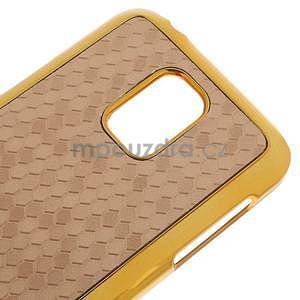 Béžové elegantní plastové pouzdro se zlatým lemem na Samsung Galaxy S5 mini - 4
