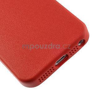 Gelový obal s texturou na iPhone 5 a 5s - červený - 5