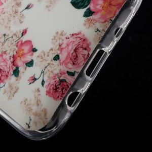 Gelové pouzdro na mobil pro Samsung Galaxy J5 - květiny - 5