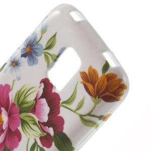 Softy gelový obal na Samsung Galaxy S5 mini - květiny - 5