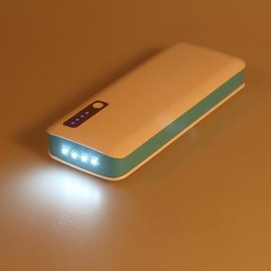 Vysokokapacitní externí nabíječka PowerBank GT 11 800 mAh - modrá - 6